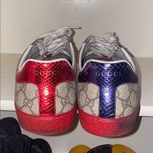 Authentic Men's Gucci Sneakers (worn)